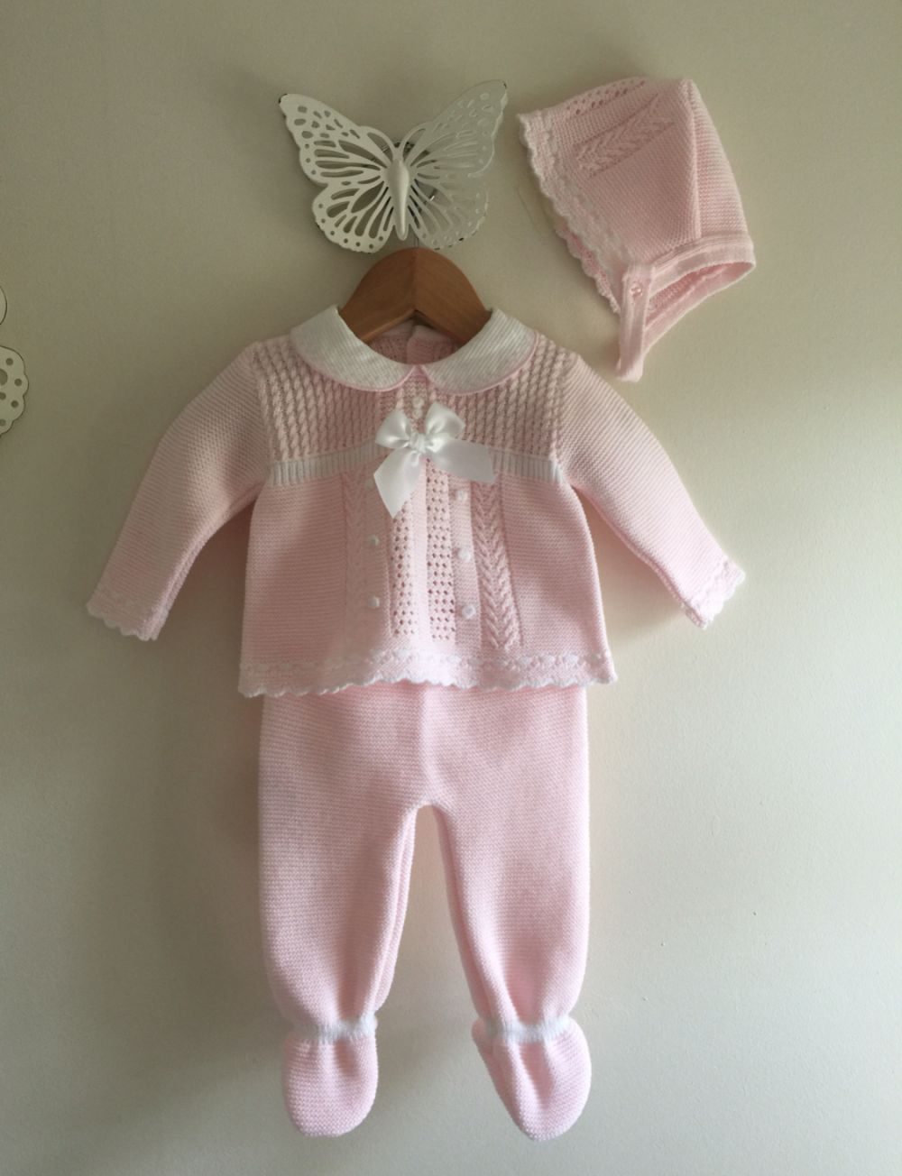 9ebb6ce8cb92 SPANISH KNITTED BABY GIRLS PINK WHITE SET JUMPER TROUSERS HAT