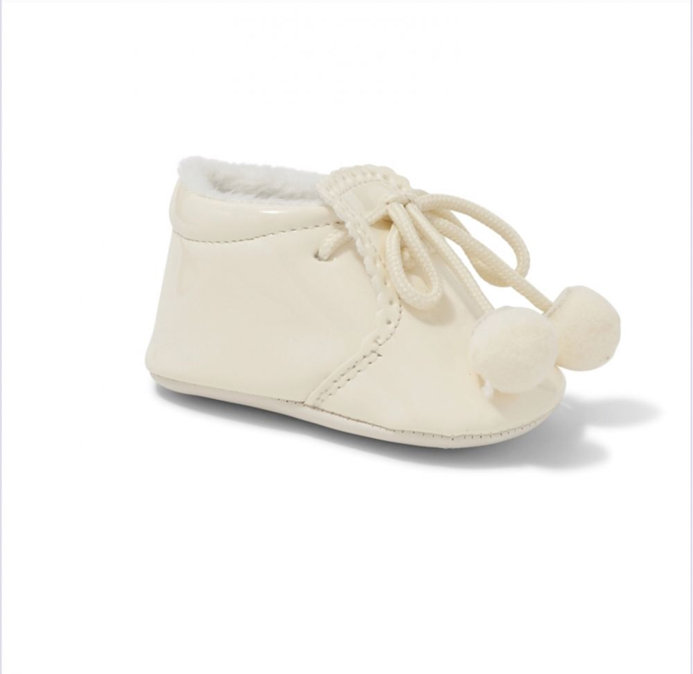 sevva ivory pom pom soft sole pram shoes boys girls