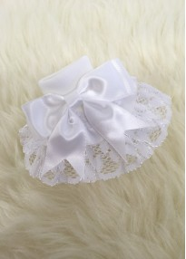 traditional baby girls ribbon and lace socks in white with bow
